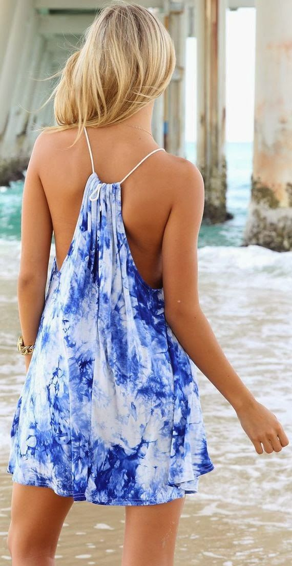 Great for the beach easy DIY and good for over your bathers 3 in one good for me gonna have to try and make one for summer  Make sure to follow 2 Classy Sisters: www.2classysisters.com