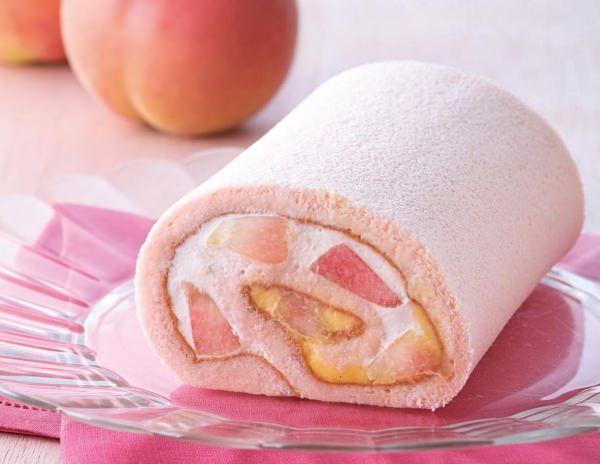 """キハチの「トライフルロール」にみずみずしい""""白桃""""を使った季節のロールケーキ"""