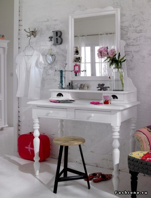 Счастье для девушки - туалетный столик! / как сделать ноги женского туалетного столика