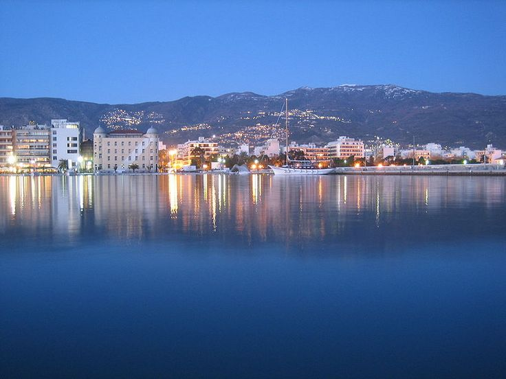 TRAVEL'IN GREECE I Volos by night