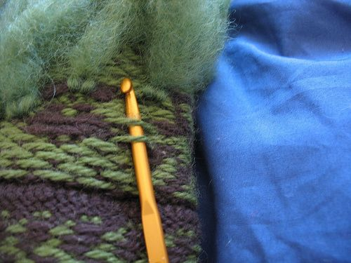 Retrofit your mitts! (Afterthought thrums) | Feather and Fan