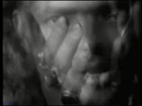 Robi Draco Rosa - Cruzando puertas (Clip 1994)