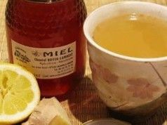 Co se stane s vaším tělem, když budete ráno popíjet teplou vodu s medem a citronem