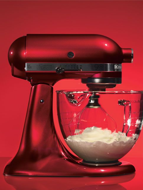 KitchenAid Mixer in Candy Apple Red. holding out for this until i get married.
