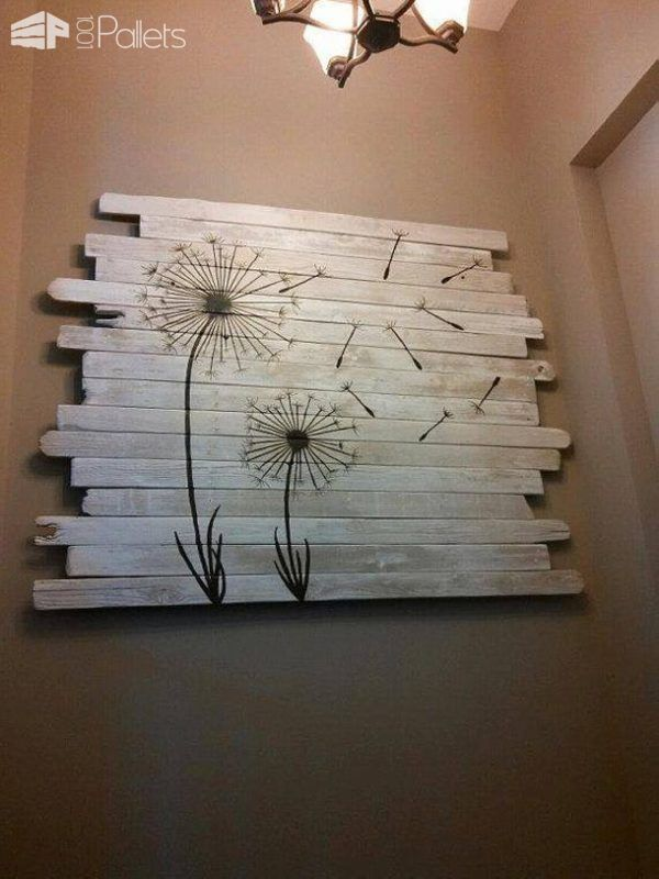 Quirky Pallet Art Helped Sell A Home Pallet Ideas Pallet Wall Decordiy