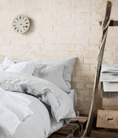 linen sheets from H&M. On my wish list.