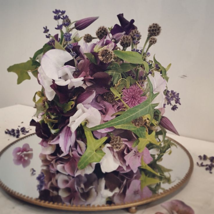 Flower centrepiece.  Catherine Muller Flower School in London and Paris