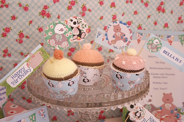 Cupcakes.: Cupcake, Teddy Bears' Picnic, Valentines Day, Teddy Bears Picnic, Happy Valentine, Valentine S