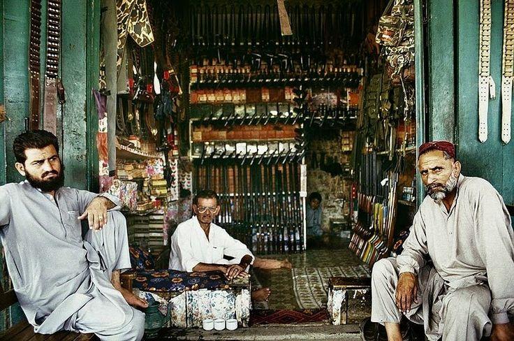 Gun manufacturing, Darra Adam Khel, Pakistan (2000)