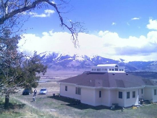 3 Bedroom House Rental in Emigrant, Montana, USA - Yellowstone Lodging At Its Best! Privacy & Comfort