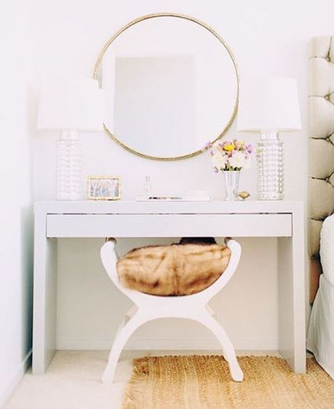 Loving this dressing table stool and round gold mirror  Looking to update our bedroom before the photo shoot happens! Why are oversized round brass mirrors so expensive at the moment?! Gahhhh   #bedroominspo #bedsidetable #dressingtable #dreambedroom #bedroomgoals #inspohome #homeinspo #homedecor #roundmirror #interiors #interiordesign