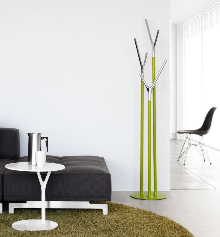 Our classic the Wishbone Hall Stand with the Wishbone Table. The Wishbone Hall Stand and Table are made of stainless steel. They are available in various colours, for more info go to our website in the link below. http://www.nordika.mx/catalogsearch/result/?manufacturer=1879&q=wishbone