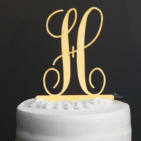He encontrado este interesante anuncio de Etsy en https://www.etsy.com/es/listing/290570777/elegancia-clasica-tarta-inicial-decor