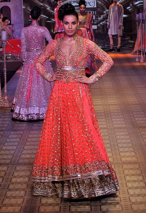 Manish Malhotra- Delhi Couture Week 2012»IndianWeddingSite.com Blog – Real Indian Weddings, Trends, Planning Tips, Vendors, Ideas and more!