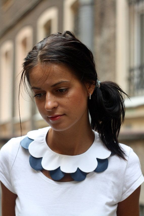 #Scalloped collars are a modern take on the classic 1950s round #collar #trend.