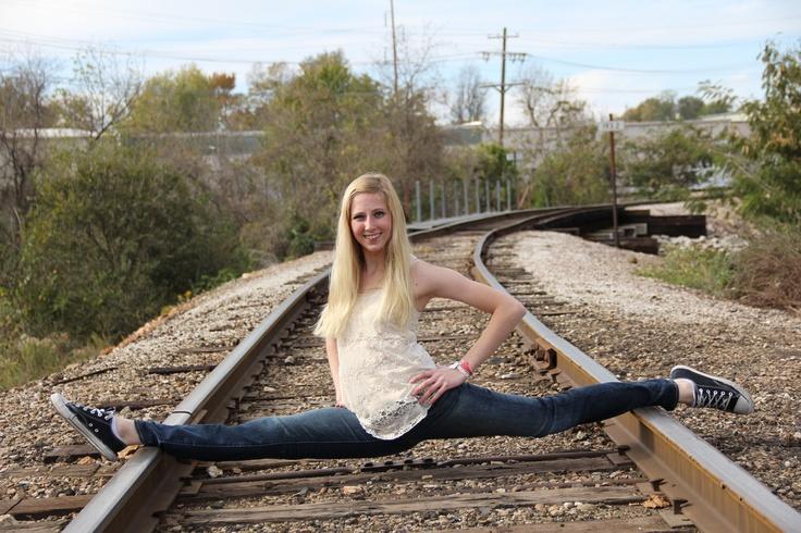 railroad senior pictures dance