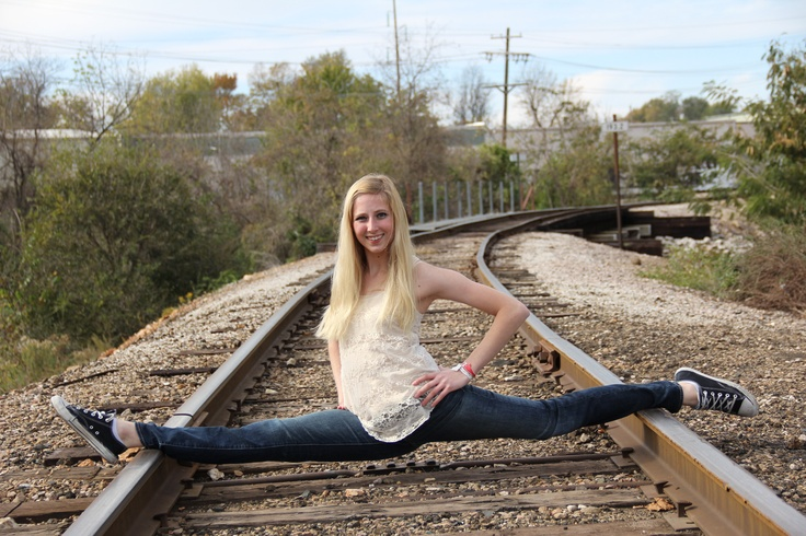 railroad senior pictures dance