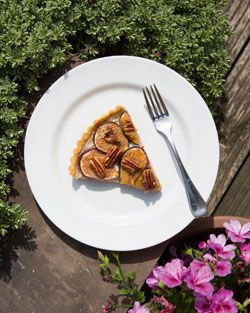 Recipe: fig, goat's cheese, pecan, honey and cornmeal tart - FT.com