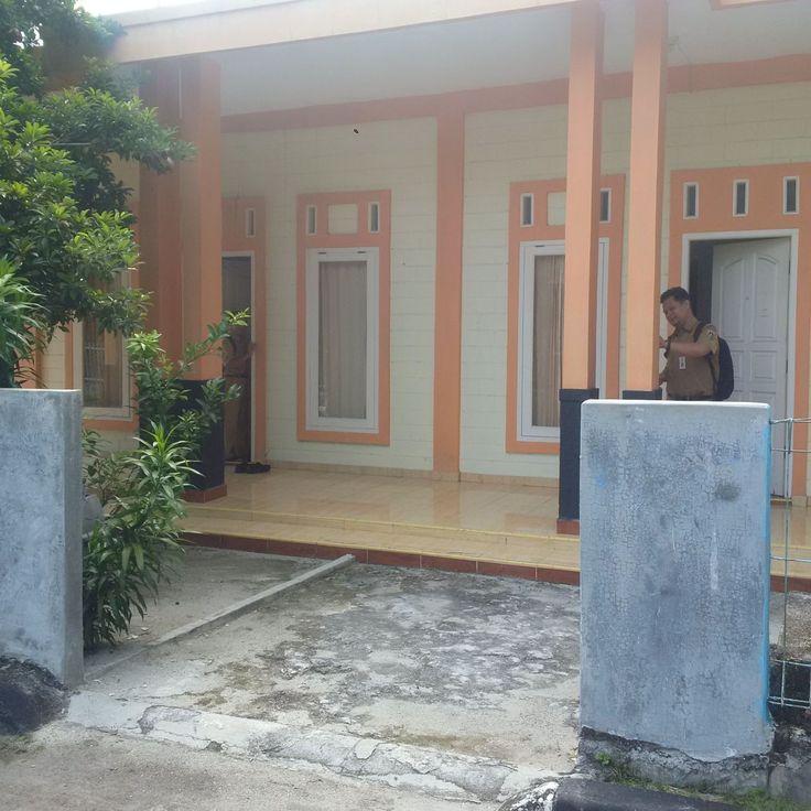 Kantor UPPRD Kepulauan Seribu di Pulau Karya, Kelurahan Pulau Panggang