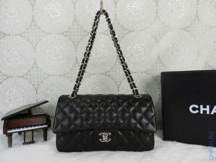 Сумка Chanel Classic Flap Bag стеганая