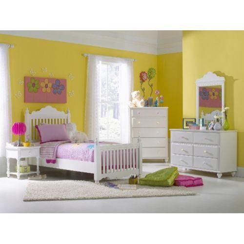Lauren Twin Poster Bed | HOM Furniture #laurentwinbed #laurenbed Http://www