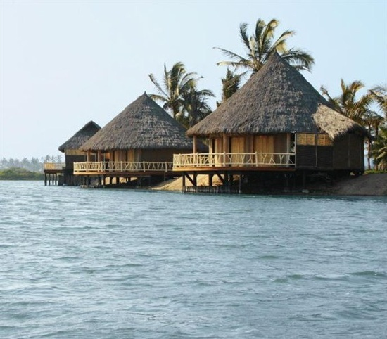 Beach Bungalows Mauritius: 16 Best 16 Cheapest Overwater Bungalow Resorts In The
