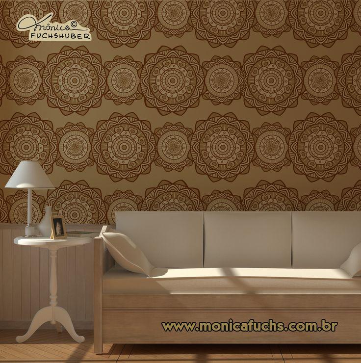 Mandala adesivada na parede.  By Mônica Fuchshuber
