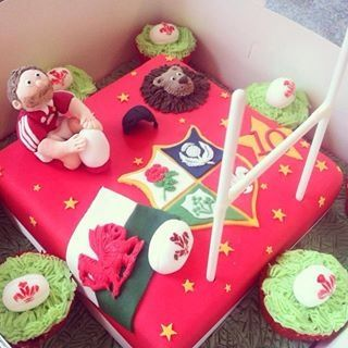 Lions rugby cake