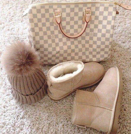 Ugg Australia Womens Classic Mini Sheepskin Boots - Chestnut Clothing - FREE UK…