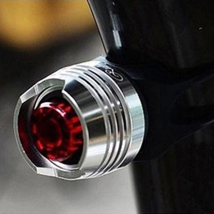 Водонепроницаемый LED Велосипед Велоспорт Передние Задние Хвост Шлем Красный Вспышка Света Безопасности Предупреждение Лампа Велоспорт Безопасности Свет