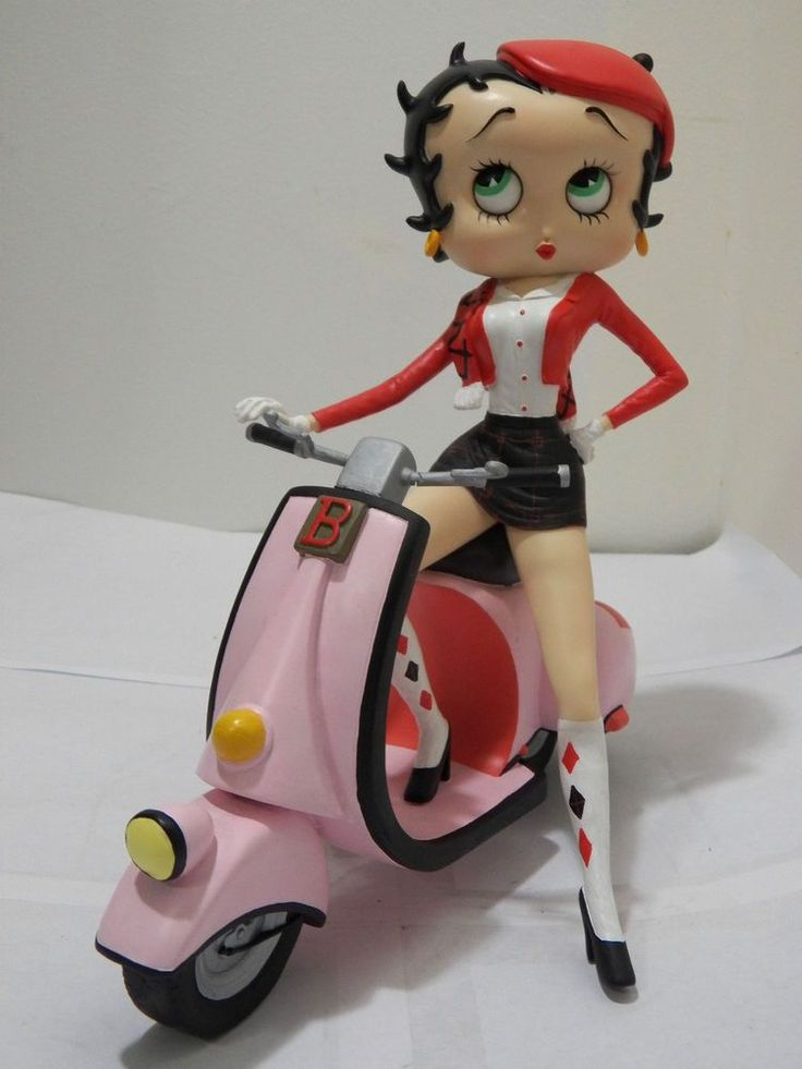 2002 Rare Betty Boop on Scooter Bike Figure Statue Pink Cartoon Collectible