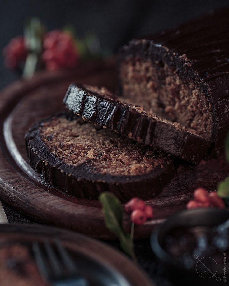 piernik-bezglutenowy-z-polewa-czekoladowa-l1