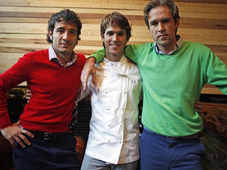 Hussi, Nino y Santi