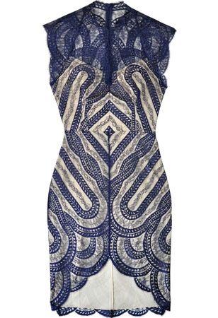 25 best ideas about james bond dresses on pinterest james bond suit james bond style and tom. Black Bedroom Furniture Sets. Home Design Ideas