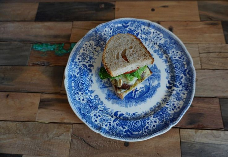 @christineagkh on Instagram. Portobello mushroom sandwich with marinated tenderloin, cheddar, mozarella, greens and home made pesto. On a beautiful vintage villeroy & boch blue and white hand painted plate. Blue and white tableware. Healthy but tasty recipes.