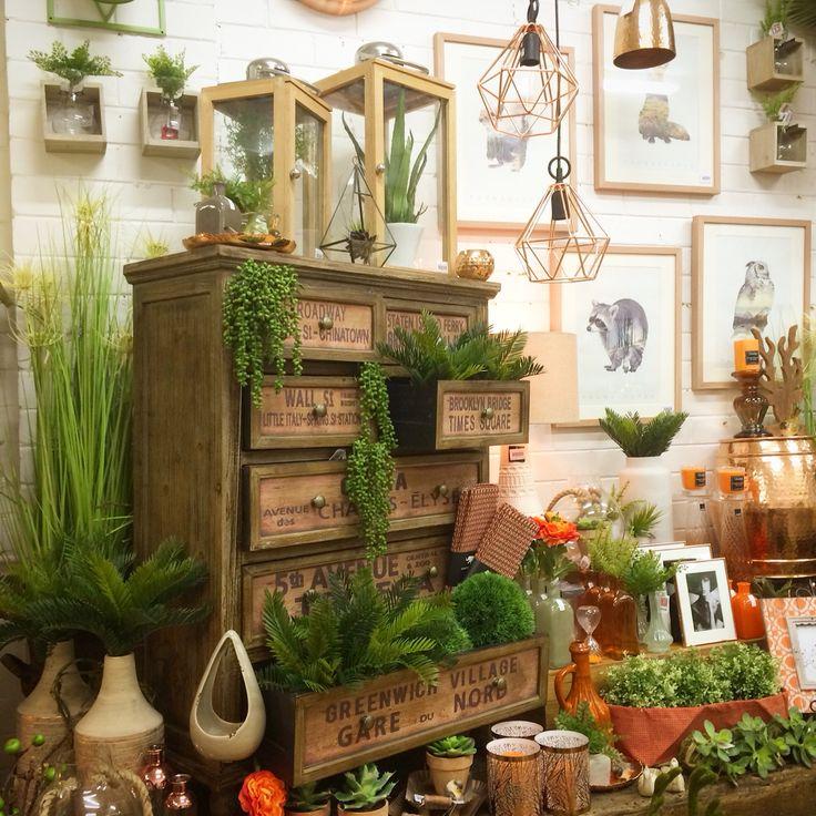 Best 25 Gift Shop Interiors Ideas On Pinterest: Best 25+ Flower Shop Displays Ideas On Pinterest