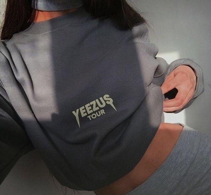 Grey yeezus top 😍🙌🏽 #kanye #yeezy