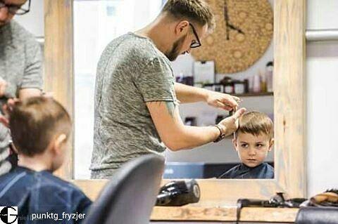 """Polubienia: 50, komentarze: 1 – Szymon Gacki (@woodlovers.pl) na Instagramie: """"From @punktg_fryzjer -  #littleboy #client #punktg @kuczynskikrzysztof #perukar #перукар #hairshop…"""""""