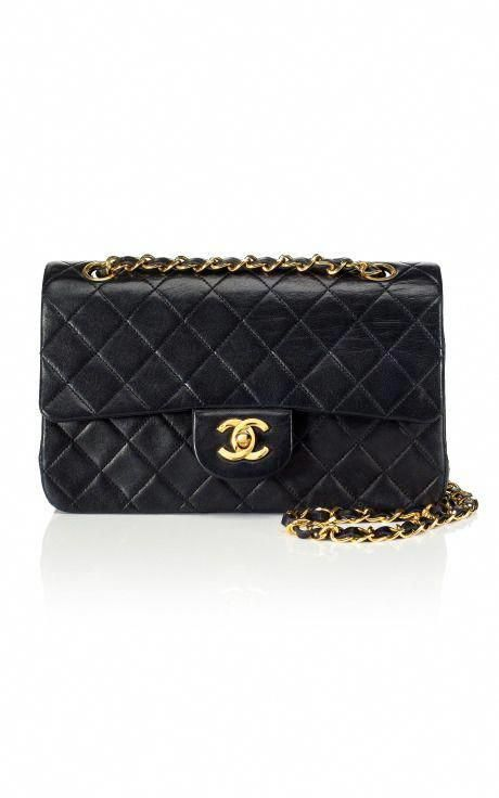 229886a42d5 the classic Chanel quilted bag that i WILL own one day.  Chanelhandbags   Burberryhandbags