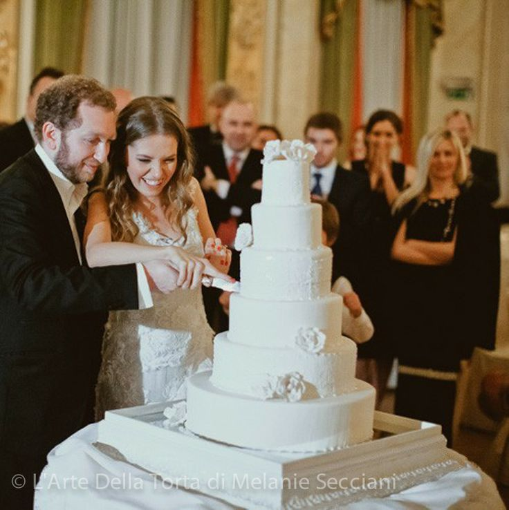 Tuscany Wedding Cake by Florence, Italy cake designer l'Arte Della Torta di Melanie Secciani. This gorgeous 6 tier cake was served at a Russian destination wedding at the luxurious St. Regis in Florence.