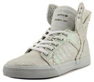 Supra Skytop Youth Round Toe Canvas White Tennis Shoe.
