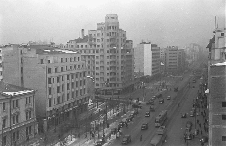 Bulevardul Brătianu(astăzi Bulevardul Nicolae Bălcescu și Bulevardul Magheru) în 1941.  Foto: Willy Pragher