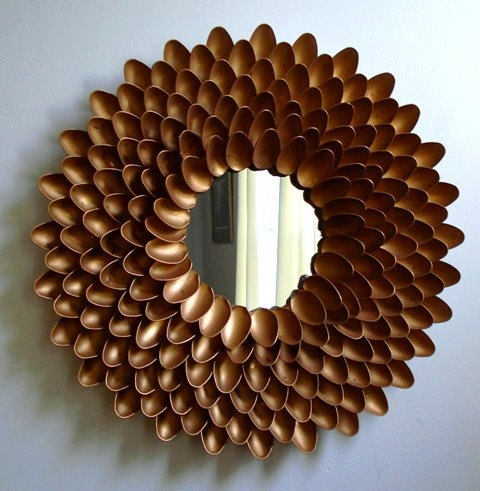 Handmade metallic flower mirror made from plastic by for Plastic spoon flower mirror