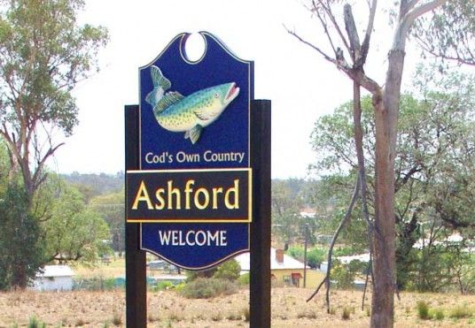 Ashford Town Entry Sign / Danthonia Designs