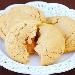 Caramel Apple Cider Cookies ~~ perfect to warm you up on a cool autumn day!Desserts Recipe, Caramel Cookies, Apples Cookies, Apple Cider, Cookies Recipe, Carmel Apples, Favorite Recipe, Apples Cider Cookies, Caramel Apples
