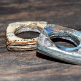 Learn how to make paper rings and upcycle old books & newspapers