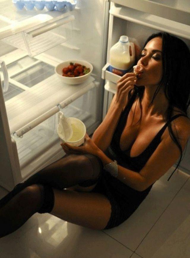 Французы говорят, что женщина не может быть по-настоящему прекрасной, если в ней нет чего-нибудь гадкого.
