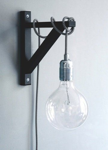 Hyldeknægtslampe - hyldeknægt fra Ikea.