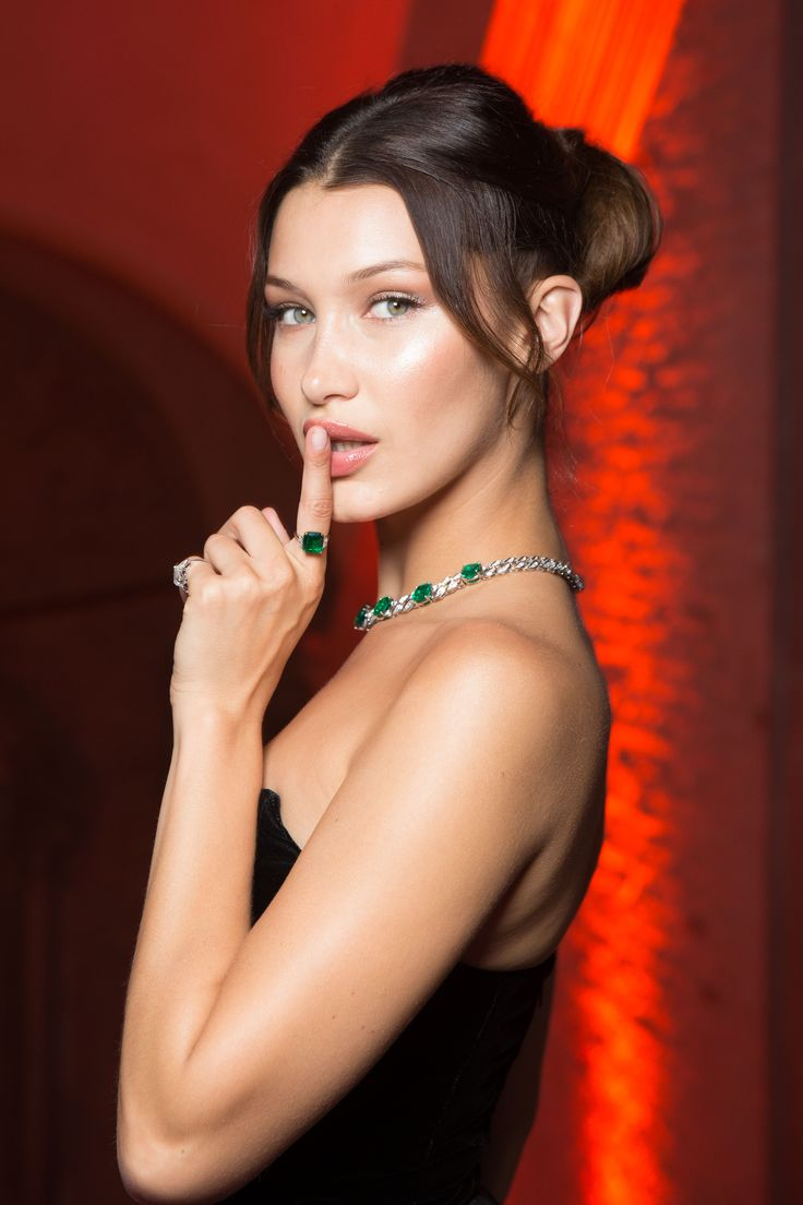Bella Hadid at Bulgari Festa in Venice, Italy, June 2017. Bella is wearing a black full length gown and platinum, emerald and diamond Le Magnifiche Creation necklace and emerald ring. To see more Bulgari style, click here: http://www.thejewelleryeditor.com/brands/bulgari/