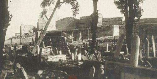 Edirnekapı civarı mezarlıklar, 1918